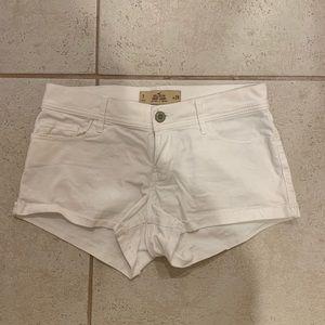 White, Hollister Short-Shorts, Low Rise